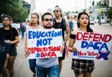 recent DACA protest (photo by Molly Allen; image source: Tribuno Del Pueblo)